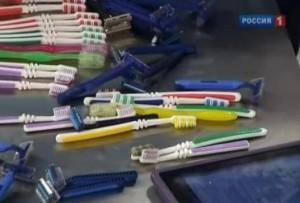 Как часто нужно менять зубную щетку и бритву?